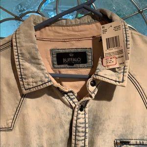 Buffalo David Bitton Men's denim shirt with snaps